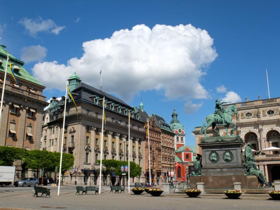gustav-adolfs-torg-stockholm-sweden-3