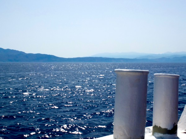 greece-crete-blue-ocean-boat